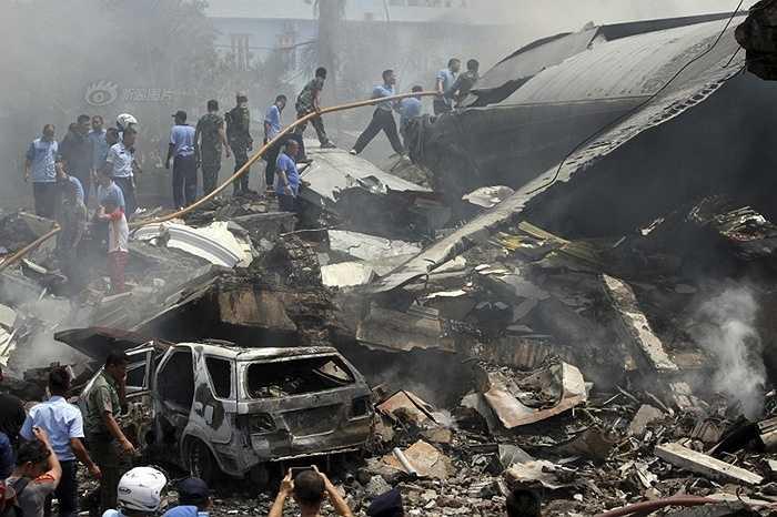 Trên máy bay lúc gặp nạn có 12 người bao gồm cả phi hành đoàn