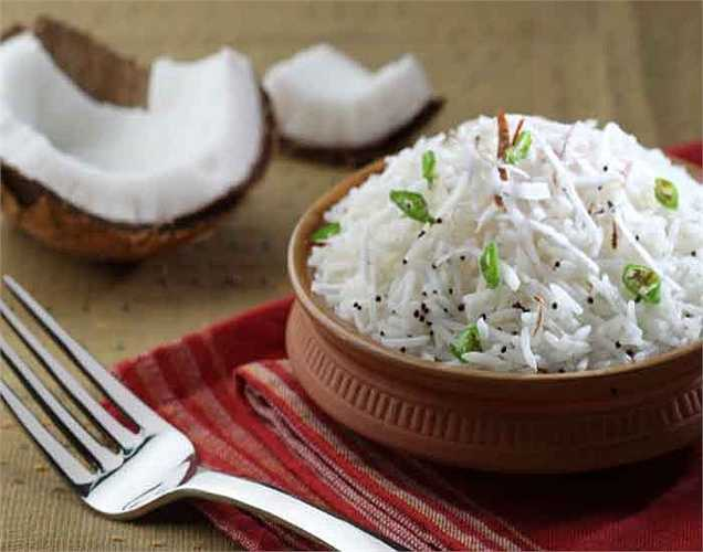 Họ ăn gạo và không bánh mì: Người Nhật họ ăn cơm nhiều hơn và họ không ăn bánh mì. Bánh mì là bột mì tinh chế có thể gây ra nhiều vấn đề sức khỏe và là không có chất xơ.