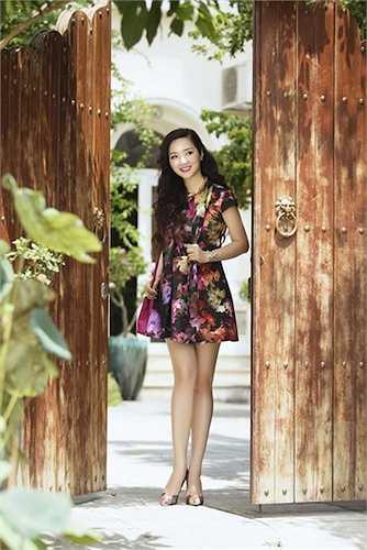 Hoa hậu Đền Hùng Giáng Mi vừa thực hiện một bộ hình để gửi đến người hâm mộ.