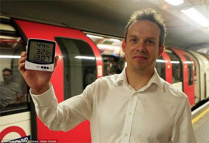 Nhiệt độ có lúc đo được là xấp xỉ 33 độ C