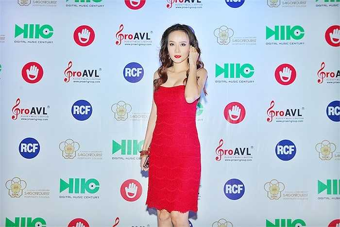Dương Yến Ngọc vừa cùng nhiều sao Việt đến tham gia một sự kiện tại TP.HCM.