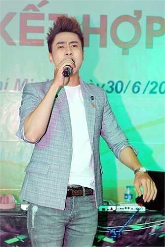 Ca sỹ Tùng Lâm bất ngờ kết hợp với Hồ Anh (thành viên cũ Vmusic) trong ca khúc đình đám 'Say you do'