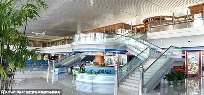 Không gian rộng, thoáng và hiện đại của nhà ga