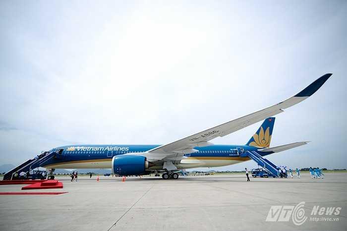 Toàn cảnh tàu bay A350-900 XWB của Airbus