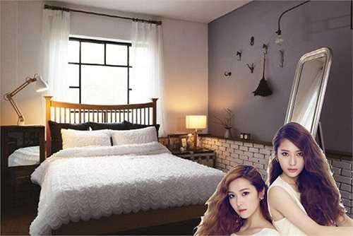 Phòng ngủ của hai chị em Jessica (SNSD) – Krystal (f(x) nổi tiếng nhất nhì Kpop được thiết kế với tông màu trầm, mang phong cách của châu Âu.