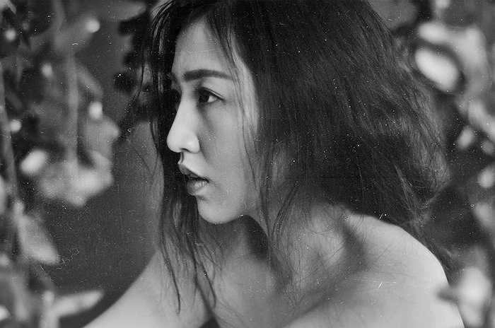 Sau khi ghi dấu ấn tại cuộc thi Hoa hậu Việt Nam 2012, người đẹp sinh năm 1993 ngày càng mặn mà, quyến rũ.