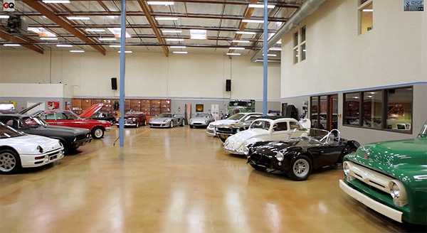 Thậm chí, nam diễn viên hài còn đặt tên mình cho vài chiếc xe đặc biệt như Tim Allen Moal Roadster Special, 1996 Tim Allen Design Chevy LT5ImpalaSS, 2000 Tim Allen Design Cadillac DeVille DTSi… Nguồn: Dân Việt