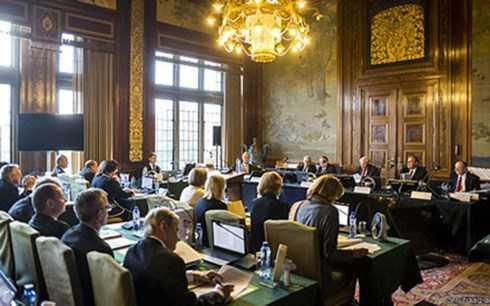 Một phiên điều trần tại Tòa án Trọng tài Thường trực của Liên hiệp quốc tại La Haye, Hà Lan