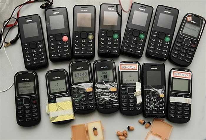 Các điện thoại Nokia loại 'cục gạch' cũng được dùng cho việc gian lận