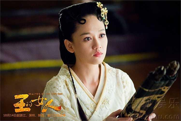 36 tuổi nhưng khuôn mặt của Trần Kiều Ân cộng với làn da, dáng người khiến cô trông như chưa đến 20 tuổi.