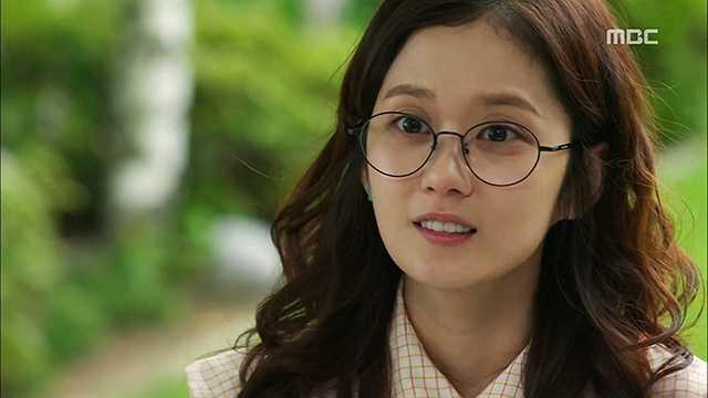Jang Nara: Jang Nara luôn nhí nhảnh như một nữ sinh.
