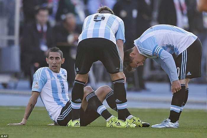 Argentina trong trận chung kết còn gặp bất lợi lớn khi Di Maria phải rời sân sau nửa giờ thi đấu