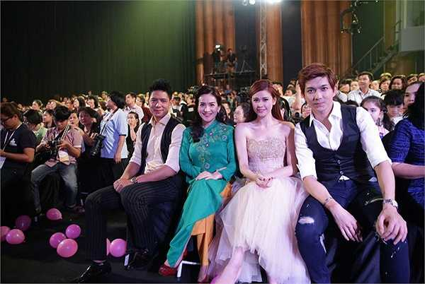 Gia đình Bình Minh cũng tới tham dự liveshow của Phương Thảo, Ngọc Lễ