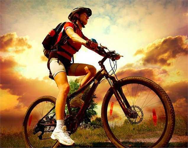 Giảm thiểu đi xe đạp: Một nghiên cứu gần đây đã kết luận rằng đi xe đạp quá nhiều gây áp lực lên phần đó của đàn ông và điều này ảnh hưởng đến hoạt động chăn gối.