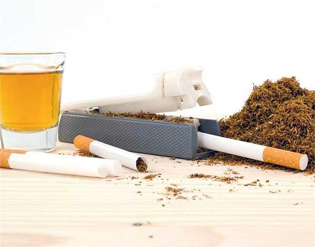 Bỏ hút thuốc và uống rượu: Rượu và thuốc gây tổn hại đến khả năng tình dục và ảnh hưởng đến khả năng sinh sản. Hút thuốc có thể ảnh hưởng trực tiếp đến hoạt động của tinh trùng vào ban đêm. Nó cũng làm suy yếu chất lượng cương cứng.