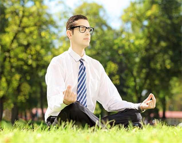Đánh bại căng thẳng: Tìm cách để quản lý mức độ căng thẳng vì khi căng thẳng quá cũng có thể mất đi sự nam tính, ảnh hưởng đến khả năng sinh sản và ham muốn tình dục.