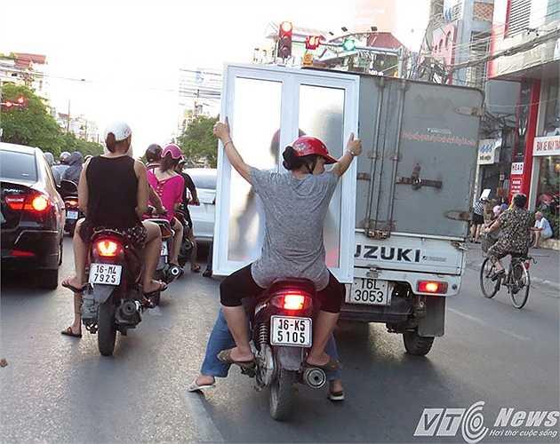 Một hành vi tùy tiện khi tham gia giao thông.