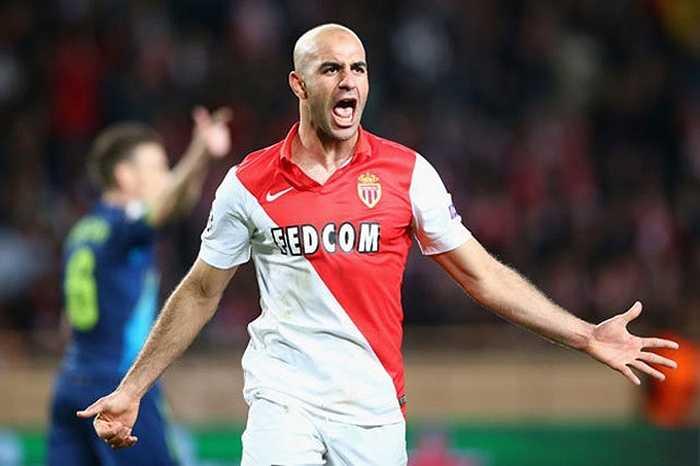 Là trụ cột của ĐT Tunisia, Abdennour của AS Monaco đã lọt vào tầm ngắm của cả Liverpool và Arsenal