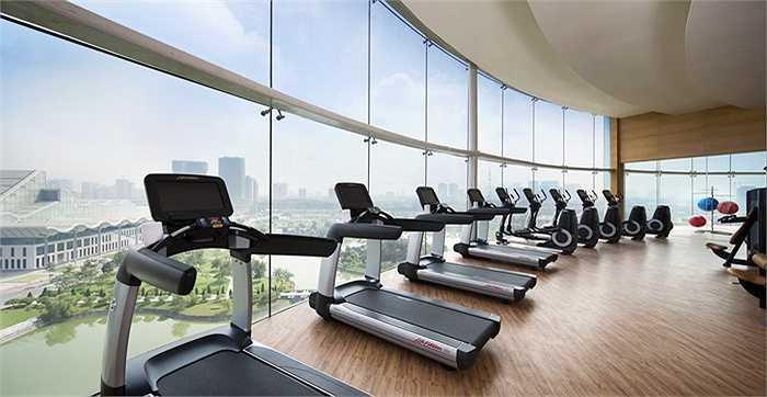 Phòng tập gym hiện đại giúp thầy trò HLV Pellegrini có thể phục hồi thể lực.