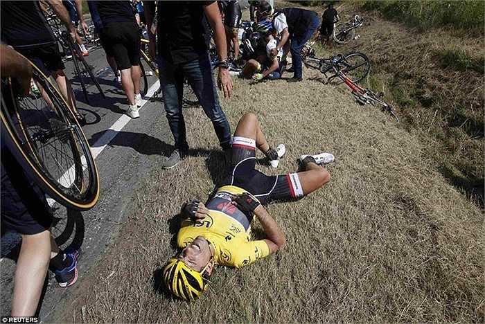 Áo vàng Cancellara cũng bị ảnh hưởng không nhỏ sau vụ va chạm. Sau chặng đua thứ 3, thành tích của anh đã tụt xuống thứ 15