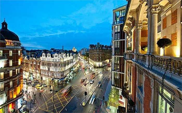 Knightsbridge, London: Giá bán 103.000 USD/m2. Trong đó đáng chú ý là khu One Hyde Park từng có thương vụ căn penthouse 140 triệu USD