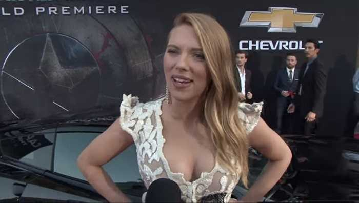 General Motor. GM hiện đang nắm trong tay thương hiệu xe bán chạy hàng đầu thế giới Chevrolet. Họ không tiếc tiền để đầu tư quảng bá cho nhãn hiệu này khi mời rất nhiều minh tinh màn bạc làm gương mặt đại diện cho mình