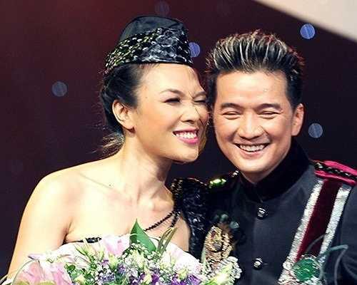 Cặp đôi Mỹ Tâm - Đàm Vĩnh Hưng luôn cùng nhau song ca những tình khúc ngọt ngào, lãng mạn nhất.