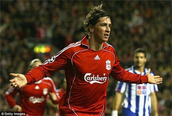 Fernando Torres chính là người mở đường cho công cuộc bán sao của Atletico. El Nino chuyển đến Liverpool hồi năm 2007 với giá 27 triệu bảng