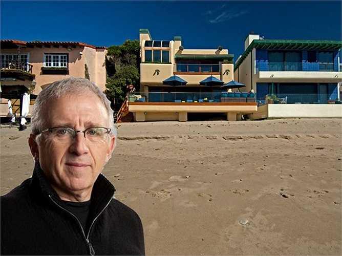 Stuart Liner - luật sư nổi tiếng mua căn hộ 5 phòng ngủ và 5 phòng tắm hồi năm 2012 với giá 10 triệu USD