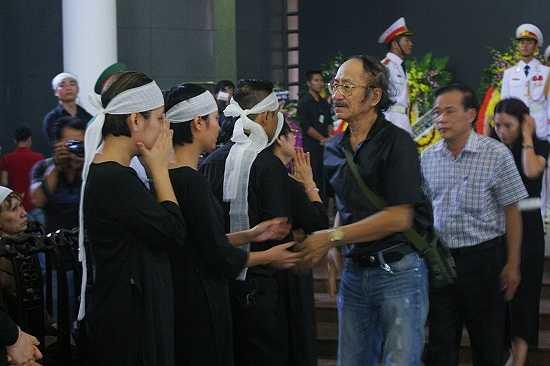 Nhạc sĩ Nguyễn Cường chia buồn cùng gia quyến cố nhạc sĩ