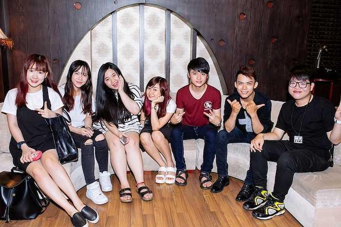 Tuy vòng Đối đầu cuộc thi Giọng hát Việt chỉ vừa kết thúc vào tối Chủ nhật vừa qua, tuy nhiên các thí sinh được chọn sẽ không có thời gian nghỉ ngơi vì họ phải ngay lập tức bắt tay vào tập luyện cho vòng Liveshow sẽ diễn ra vào ngày 12/7 tới đây.