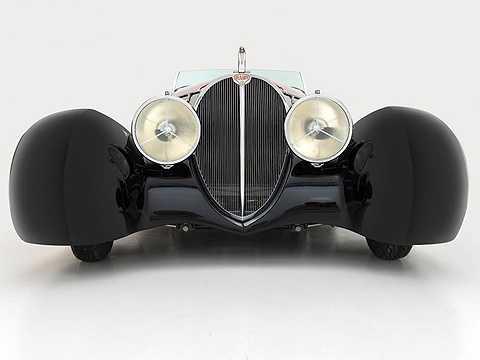 Vào đầu những năm 90, ông đã bắt đầu sản xuất và tạo ra các chiếc xe từ những thiết kế của mình.