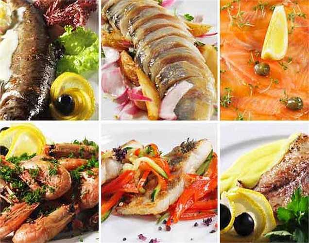 Vitamin B: Thực phẩm cho não và cơ bắp tốt hơn, vitamin B mang lại vóc dáng thon gọn và năng lượng, nó có chứa trong thực phẩm như hải sản, chuối, ớt, đậu lăng...