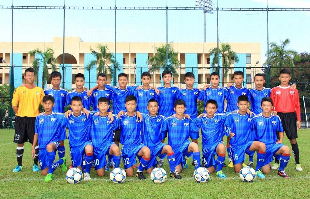 Lứa sinh năm 1998 của PVF - đội vừa vô địch U17 Quốc gia (Ảnh: PVF)