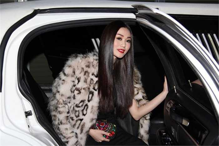 Khánh My cũng là một trong số ít mỹ nhân Việt tham gia sự kiện thời trang danh giá Victoria's Secret Fashion Show tại Anh quốc.