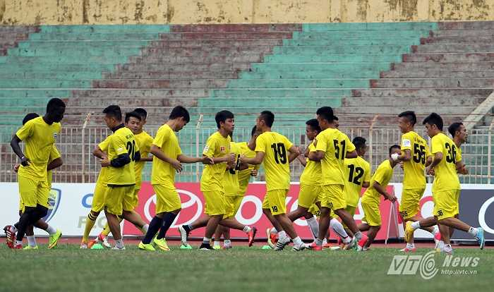 Thanh Hóa có buổi tập trước trận đấu với HAGL chiều 10/7 trên sân nhà.
