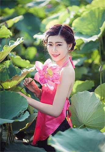 Photo: Bạch Dương - Nguyễn Việt An  Sói