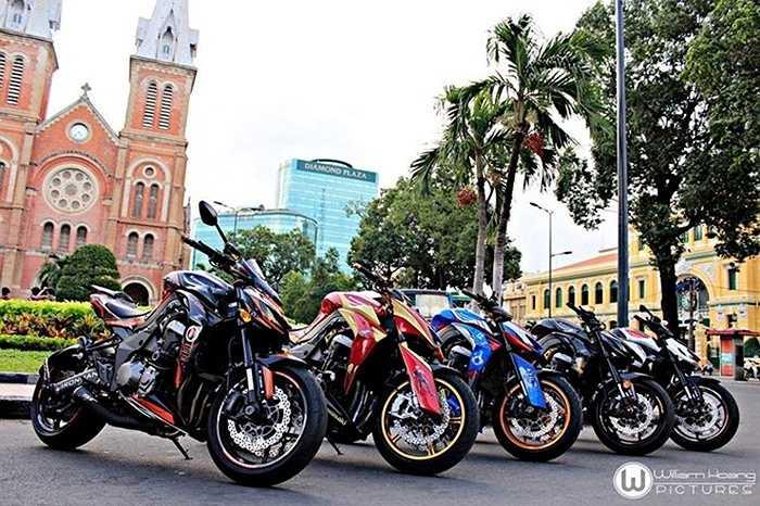 Những chiếc Z1000 2015 này thuộc sở hữu của những thành viên trong câu lạc bộ chơi xe Z1000 Vietnam. Ảnh: William Hoang.