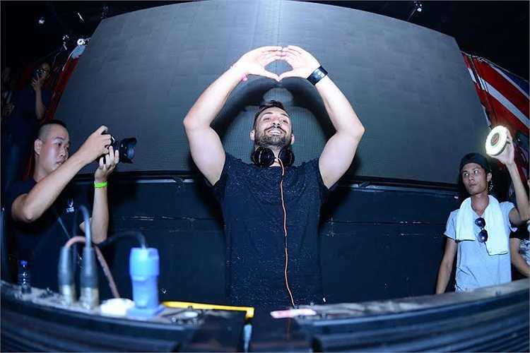 DJ Top 50 thế giới Tenishia