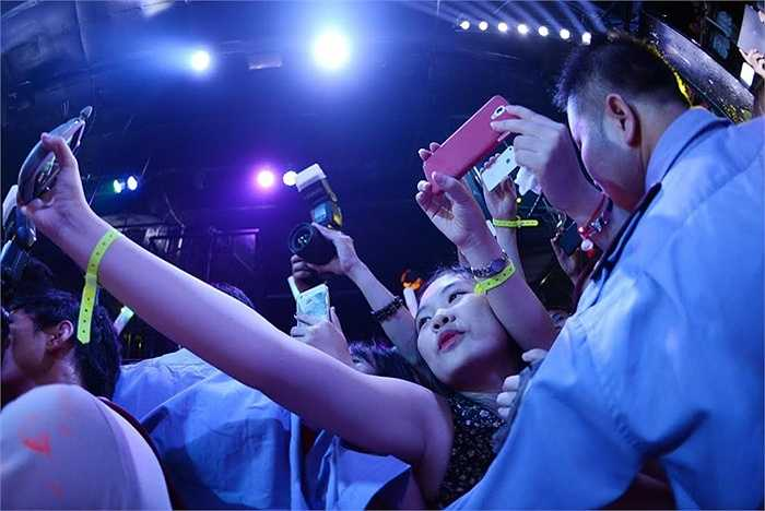DJ Trang Moon khuấy động sự kiện