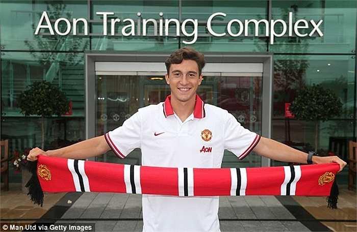 Tân binh Matteo Darmian chính thức ra mắt Man Utd trong ngày hôm qua 11/7