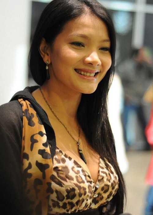 Năm 17 tuổi, Kiều Trinh đã lấy chồng. Một năm sau, cô mang thai.