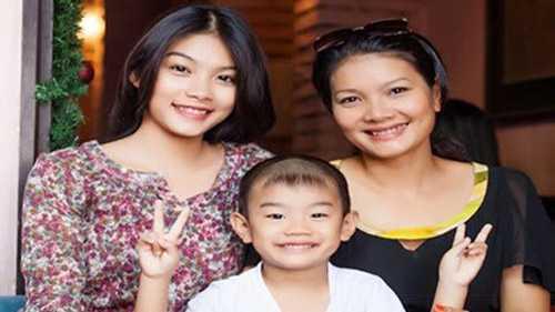 Ba mẹ con diễn viên Kiều Trinh đã dần ổn định được cuộc sống