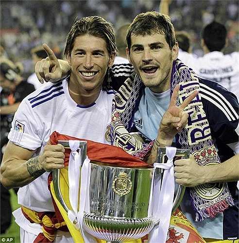Người đồng đội thân thiết của Casillas ở cả CLB lẫn ĐTQG, Sergio Ramos