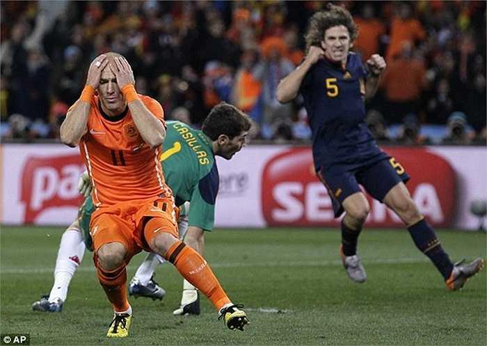Nếu không có pha phản xạ này, rất có thể Hà Lan mới là đội vô địch tại WOrld Cup 2010