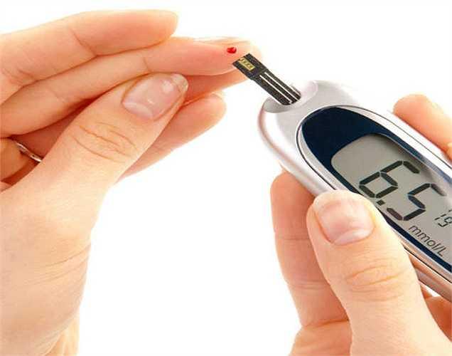 Giảm kháng insulin: Khoai lang có chứa các loại đường tự nhiên làm tăng độ nhạy cảm của insulin. Khoai lang cũng giúp điều chỉnh nồng độ đường trong máu.