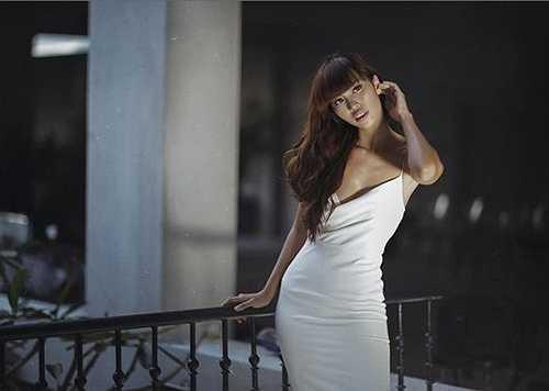 Vẻ gợi cảm lãng mạn trong những shoot hình của một siêu mẫu đang thăng hoa trong tình yêu.