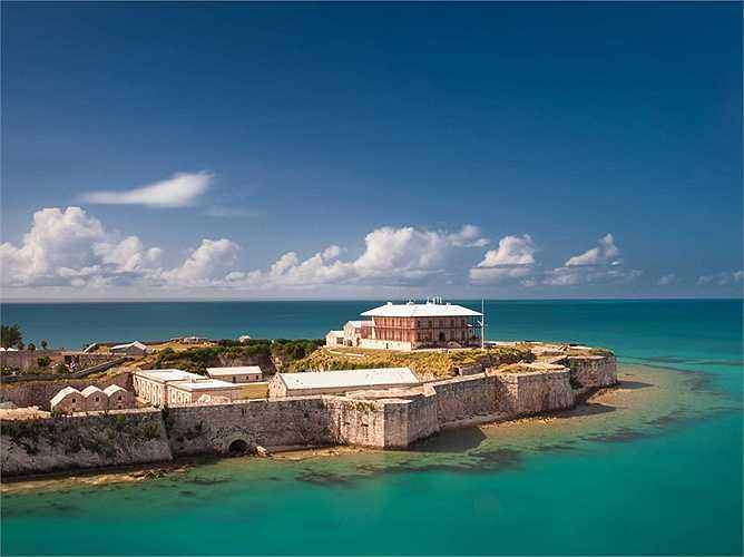 Cận cảnh căn nhà tại Bermuda của tỷ phú Mỹ. Ông sử dụng nơi đây như một địa điểm để nghỉ ngơi và thư giãn