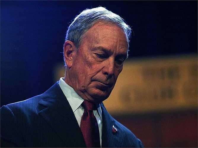 Mảng IT của Salomon Brothers 6 năm sau đó được giao hoàn toàn quyền quản lý cho Michael Bloomberg. Ông tiếp tục làm việc tại đây đến năm 1981 và sở hữu khối tài sản lên tới 10 triệu USD