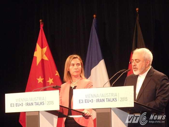 Các đại biểu trong đàm phán hạt nhân Iran ở Áo